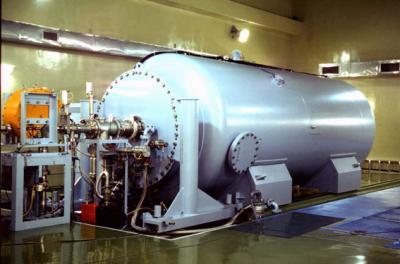 3MVシングルエンド加速器